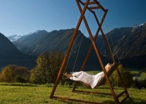 Schwebeliege-Heaven-Swing-Doppelliege-hell-Holz