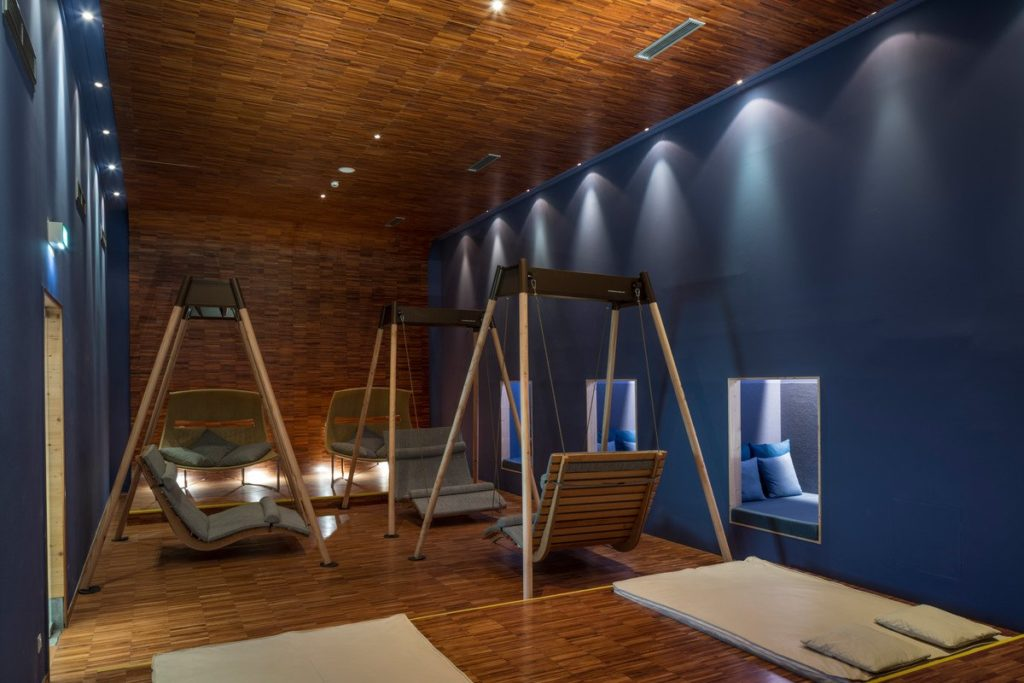 Die Doppelliege Wood im ©Club Funimation Katschberg,©Falkensteiner Hotels & Residences