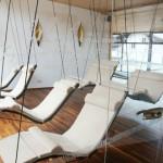 Schwebeliege-Heaven-Swing-Einzelliege-Mocca-Montagekreuz-Neuhaus-Spa